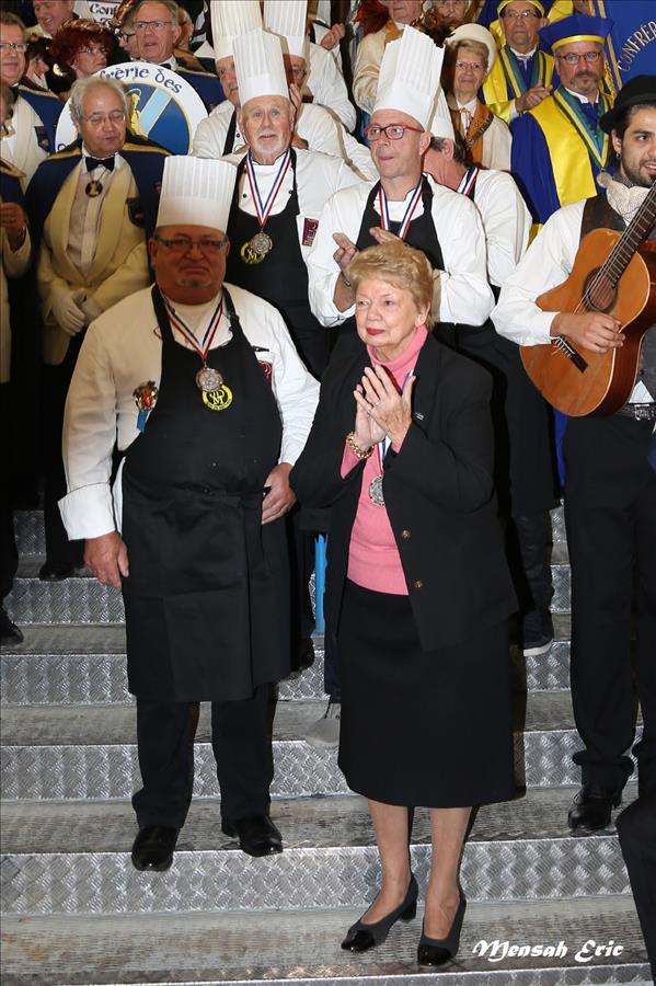 la présidente honneur de la foire M Françoise COLIN